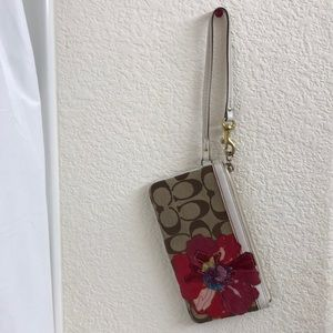 Coach wristlet Poppy Collection